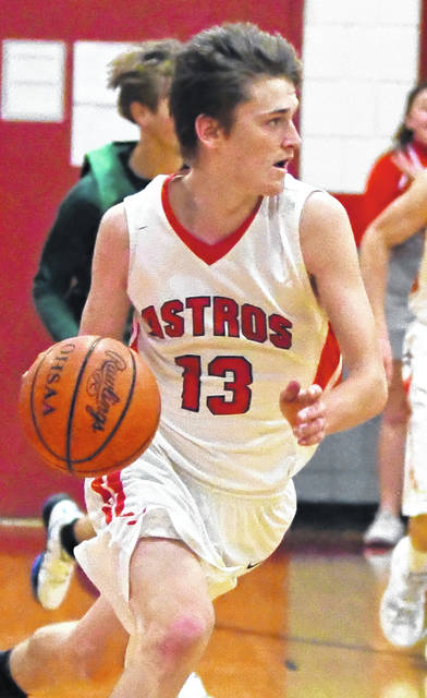 Quinten Tolle had 11 points for East Clinton in its 42-39 win over Bethel-Tate Friday night in Lees Creek.