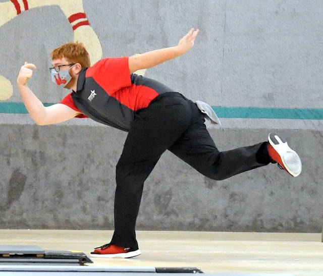 East Clinton's Andy Gilliland was the top individual bowler at the Div. II sectional bowling tournament at Cherry Groves Lanes.