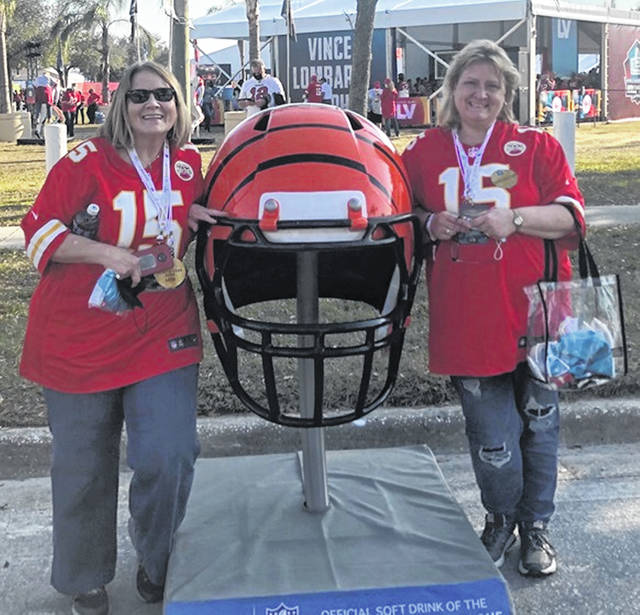 Cincinnati VA Medical Center R.N. Jen Hosler (right) — a 1992 graduate of Wilmington High School who was profiled by the News Journal last week — and her friend and co-worker Krissel Moore returned home safely Monday from Super Bowl LV in Tampa. They were among the vaccinated health care workers invited to the Super Bowl as guests, to thank and honor them for their service during the pandemic.