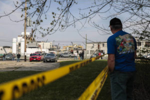 Columbus paint plant explosion and fire kill 1, hurt 8; cause unclear