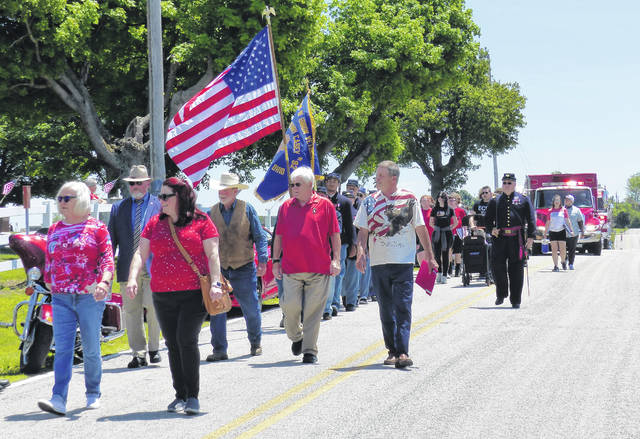 Lees Creek parade on its way to the cemetery.