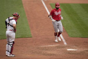 Winker save woeful bullpen as Reds sweep