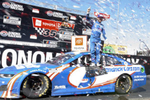 Larson wins again as Hendrick continues month of dominance