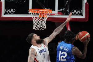 US loses to France 83-76, 25-game Olympic win streak ends