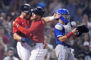 Red Sox rally late, extend lead over Blue Jays with 5-4 win