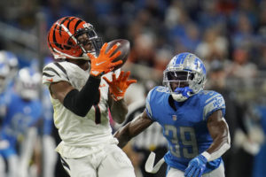 Bengals visit Ravens with AFC North lead on the line