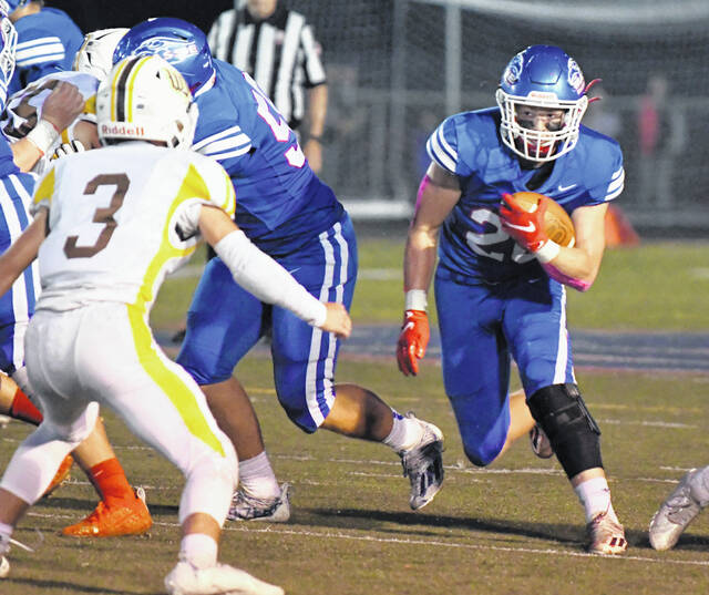 Carter Frank was one of nine Falcons that scored touchdowns against Batavia last week.