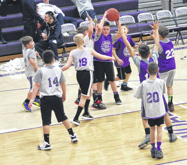 Some future varsity Bulldogs got a chance to perform on the big stage Saturday at Swanton High School. Both, third and fourth grade boys basketball and Smart Start cheerleading took the court at halftime to perform.