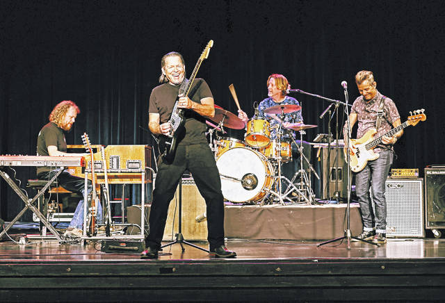 Tommy Castro & the Painkillers.