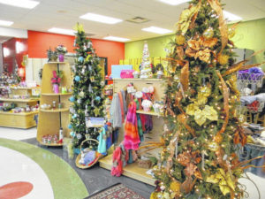 Penta hosts Holiday Open House