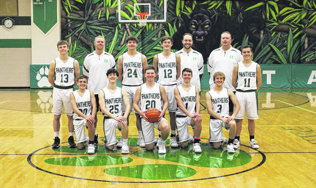 The 2020-21 Delta boys basketball team.