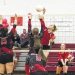 St. Albans edges Point volleyball