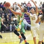 Lady Eagles stymie Southern, 34-28