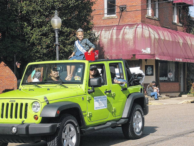 Little Miss Mason County Brooklyn Smith in Saturday's Veterans Day Parade in Point Pleasant.