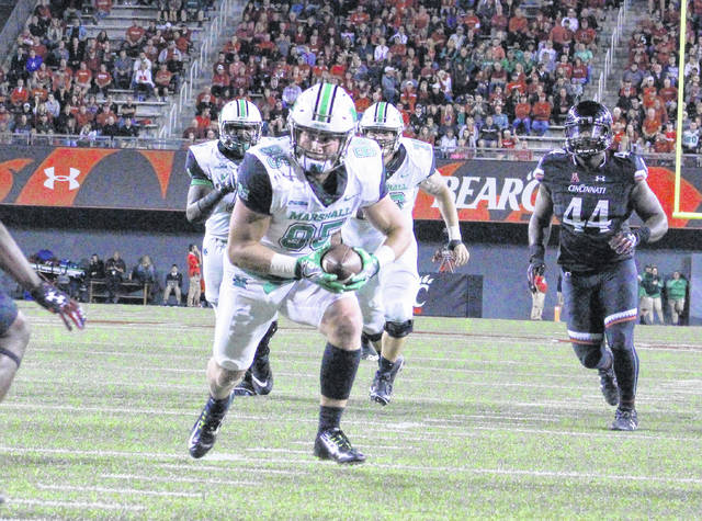 Marshall senior tight end Ryan Yurachek (85) heads toward the end zone for a touchdown during the third quarter of a Sept. 30 non-conference football game against the Cincinnati Bearcats at Nippert Stadium in Cincinnati, Ohio.