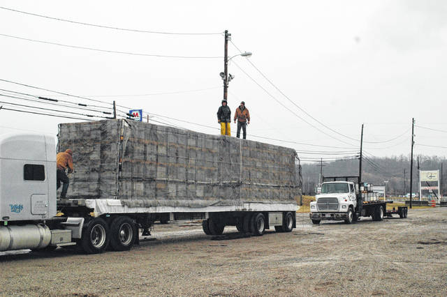 A semi-truck with 700 beehives left the Gallia County Fairgrounds Thursday afternoon headed west towards California.
