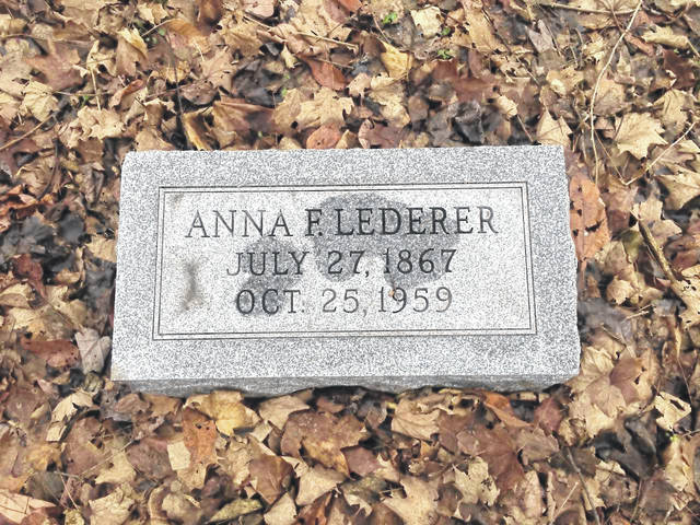 The gravesite of Anna Frederica Lederer.