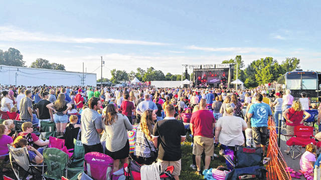Crowds gather for the Gallia Junior Fair's entertainment.