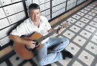 Paul Doeffinger brings to the stage over 45 years musical experience.