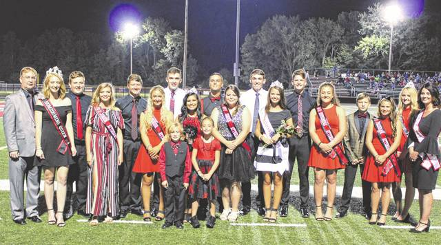 2018 PPHS Homecoming Queen Leann Dalton pictured with fellow senior homecoming attendants Addison Hughes and Hayley Russell along with the 2018 Point PPHS Homecoming court and escorts.