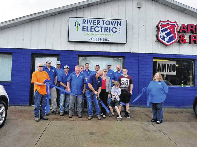 Present for the ribbon cutting were employees, friends, and family of River Town Electric owners, Nick and Jennifer Dobbs. Also in attendance were Brittany Burnett (Peoples Bank) and Pat Tackett (Ohio Valley Bank), as well as Gallia County Chamber of Commerce staff Elisha Orsbon and Paige James along with Chamber board members Anthony Sola (Peoples Bank), Amanda Ehman (Rio Grande Community College), Jenni Dovyak-Lewis (Area Agency on Aging District 7), and Brynn Noe (Noe & Saunders Attorneys at Law).