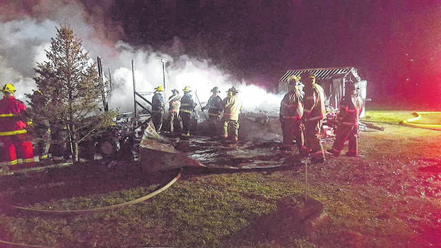 Firefighters from Mason, with mutal aid from New Haven, battled a fully-engulfed mobile home fire Thursday morning. The Mason Police Department is investigating the fire as arson.
