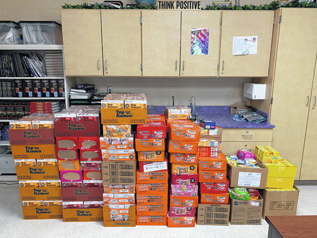 For the duration of the food drive students collected items such as canned foods, ramen noodles, boxes of macaroni and cheese, various boxes of stuffing, boxes of scalloped potatoes, and boxes of jello.