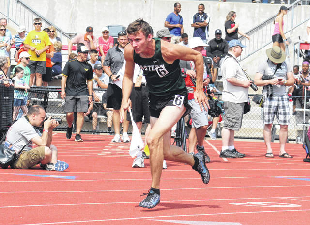 Eastern senior Noah Browning takes off in the 400m dash final on Saturday at Jesse Owens Memorial Stadium in Columbus, Ohio.