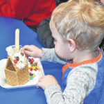 Decorating gingerbread at the library