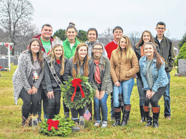 Mason County 4-H Teen Leaders participated in Wreaths Across America in 2018. The 2019 ceremony will be Dec. 14 beginning at noon at Suncrest Cemetery.