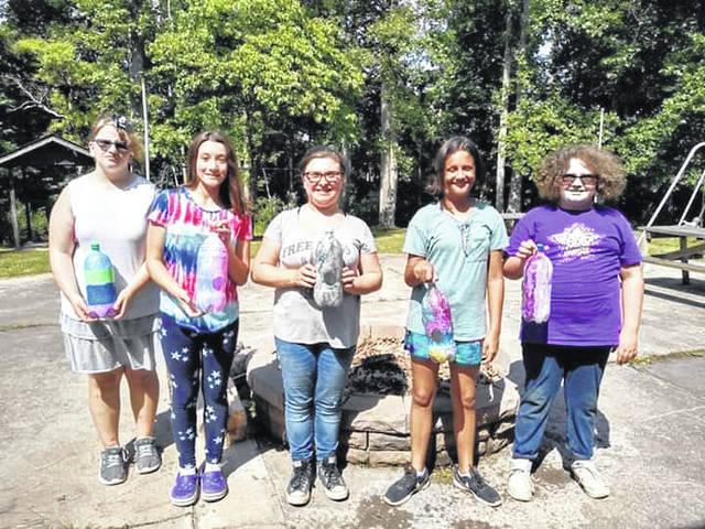 Troop 31737 made birdhouses for Smoke Rise Ranch.