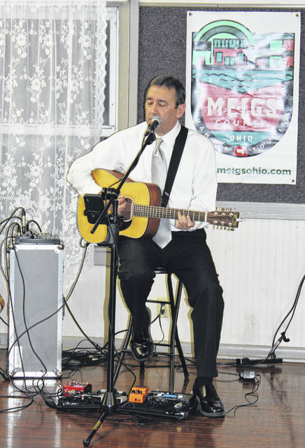 Local musician Brent Patterson will perform this Saturday at the Meigs County Farmers Market in Pomeroy. (OVP File Photo)