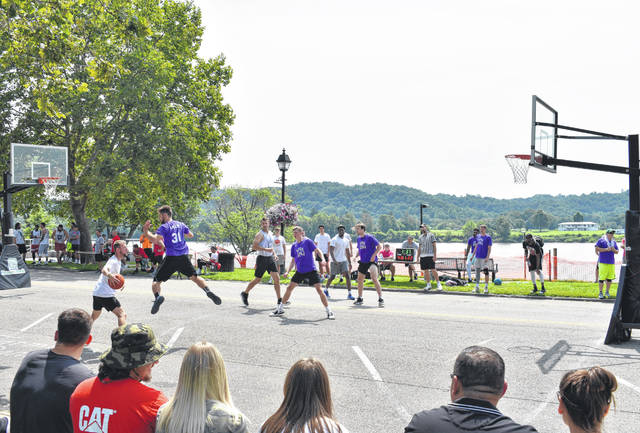 The Hoop Project returned to Gallipolis over the weekend, bringing basketball players of all ages.