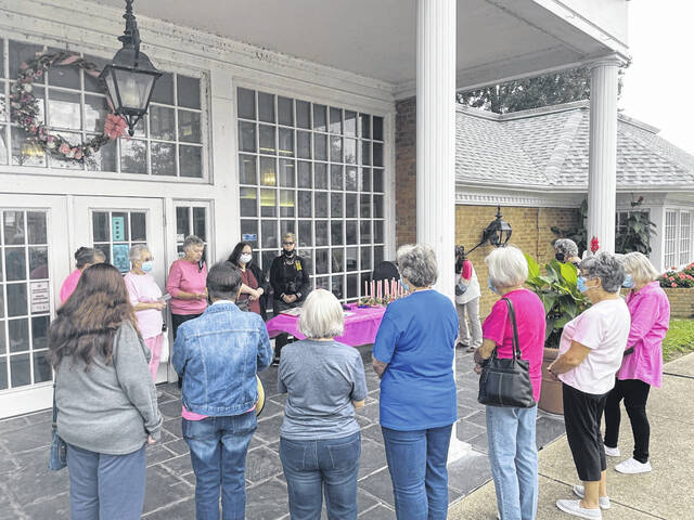 Mason County CEOS members hosted and the annual Breast Cancer Awareness event at the Mason County Library on Monday.