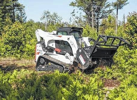 <strong>The Bobcat T870 Track Loader.</strong>