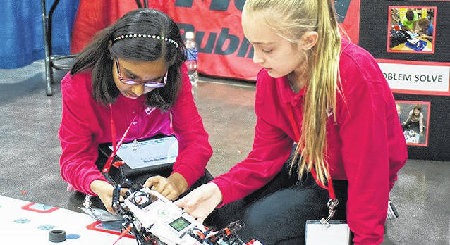 <strong>Student engineers who designed and built an electric car will be among 100 innovative Ohio public school programs highlighted Nov. 14 public school programs and projects to be highlighted next month at the Ohio School Boards Association (OSBA) Student Achievement Fair.</strong>