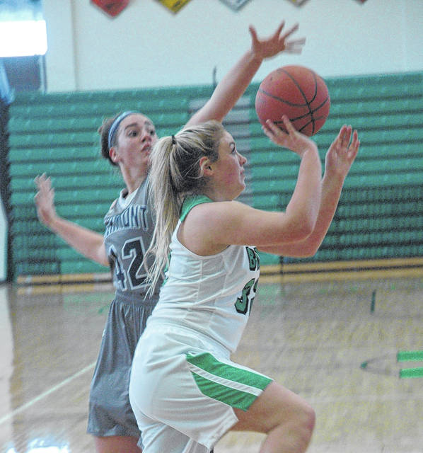 <strong>Gabby Kline scores inside the paint against Fairmont.</strong>