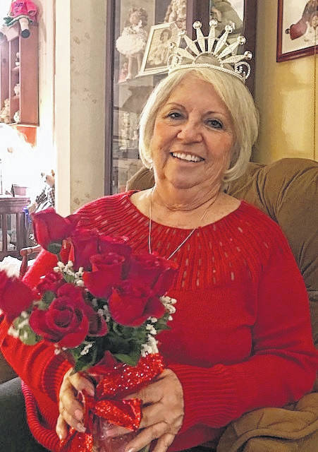 <strong>Joyce Comer was crowned 2018 Valentine Queen of Laurette Gamma Zeta Chapter of Beta Sigma Phi.</strong>