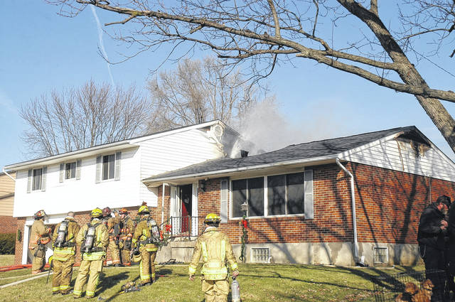 <strong>Fire crews responded to the 1000 block of Terracewood Drive early Tuesday to battle a fire that caused an estimated $100,000 damage to a two-story home.</strong>
