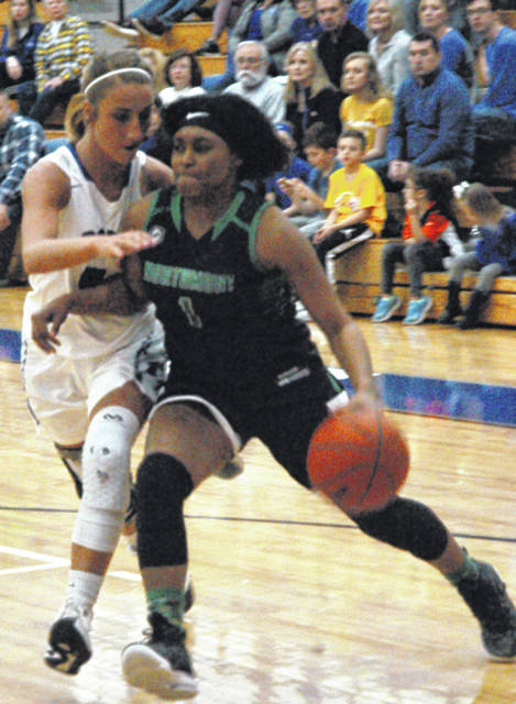 <strong>Maddy Bakosh pressures Makayla Cooper as she tries to drive to the hoop.</strong>