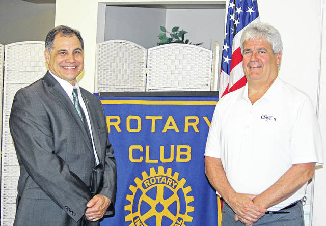 <strong>Shown with Mayor Mike Stevens (right) is Rotary President Tony Thomas.</strong>