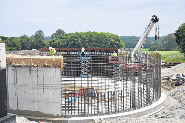 <strong>The first section of a concrete wall was poured to a final clarifier tank last week at the City of Union's wastewater treatment plant.</strong> (Photo by Ron Nunnari | AIM Media Midwest)