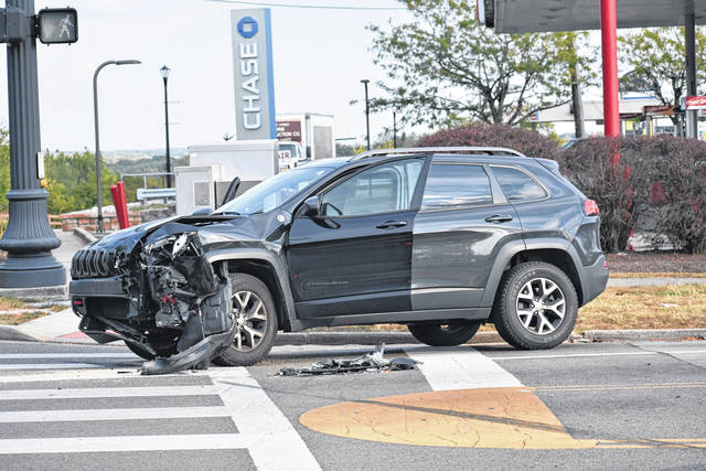 <strong>This 2016 Jeep Cherokee sustain heavy front end damage after being struck by a 2015 Chevy Silverado on Taywood Road at State Route 48.</strong>