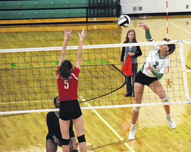 <strong>Lily Reidy scores a point during Northmont's victory over Wayne on Thursday.</strong>