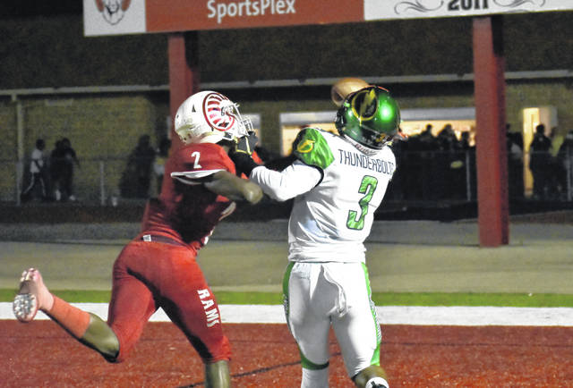 <strong>Marcus Allen makes a one-handed 31 yard touchdown catch while fighting off Trotwood corner back Jamel Bozeman.</strong>