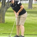 Miami Trace golf splits opening matches