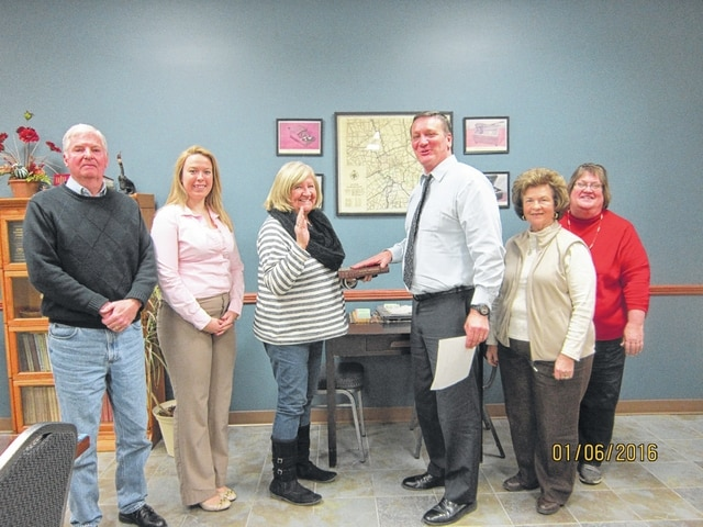 Dan Roberts (center) was sworn in Wednesday as the newest Fayette County Board of Elections member by Clerk of Courts Evelyn Pentzer. Also in the photo (from left to right) are board of elections member Myron Priest, Chelsea Faulkner, regional liaison for the Secretary of State's Office, board of elections chairperson Judy Craig, and board of elections member Robin Beekman.