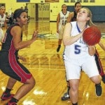 Lady Lions edge previously unbeaten Circleville, 43-41