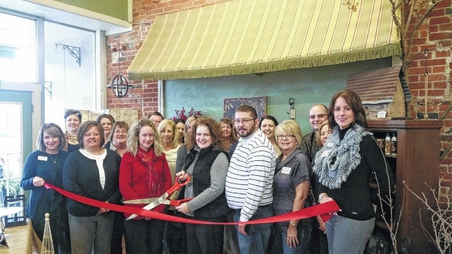 The Fayette County Chamber of Commerce welcomed a new member, Back-en-Thyme, recently with a ribbon cutting at the business. Owner Kendra Redd-Hernandez has operated the business since 2002, offering fresh and silk flowers, planters, home décor, party supplies, candy and other gift items.