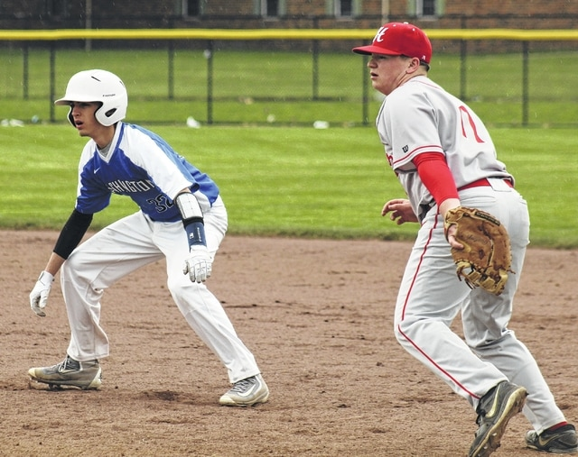 Nick Barrett gets a lead off of first base for Washington during an SCOL game against Hillsboro Wednesday, April 6, 2016 at Washington High School. Barrett had two hits and drove in one run in a 5-1 Blue Lion victory.